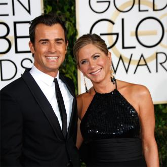 Jennifer Aniston At Ease With Justin Theroux