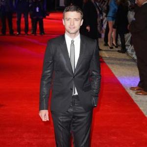 Justin Timberlake Struggles To Control His Hair