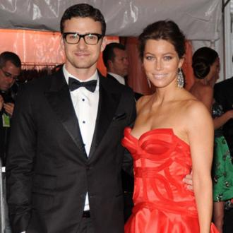 Justin Timberlake Serenaded Jessica Biel On Wedding Day