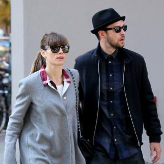 Justin Timberlake And Jessica Biel's Bbq Feast