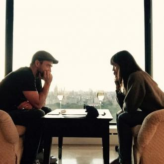 Justin Timberlake and Jessica Biel play Scrabble for anniversary