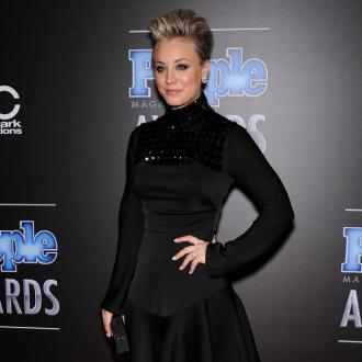 Kaley Cuoco-sweeting Apologises For Feminist Comment