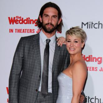 Kaley Cuoco-sweeting's Husband 'Loves' Her Ex