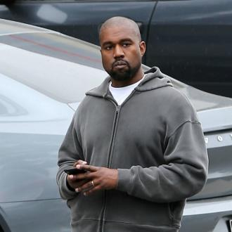 Kanye West Ditches Phone