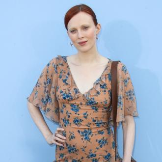 Karen Elson was called a 'fatty' at her first photoshoot: 'Everyone made fun of me'