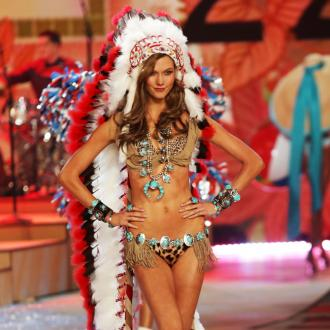Karlie Kloss Used To Be Insecure About Her Looks