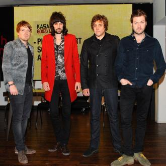 Kasabian shun backstage chaos