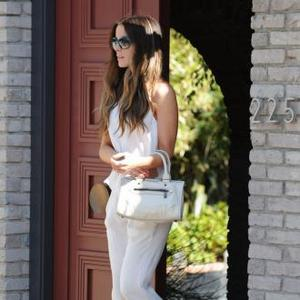 Kate Beckinsale Feels Lucky To Have Normal Daughter