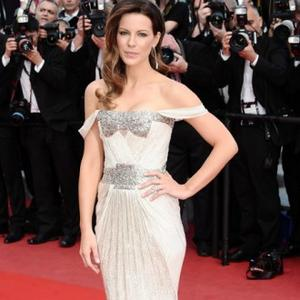 Kate Beckinsale Unaware Of Stylists