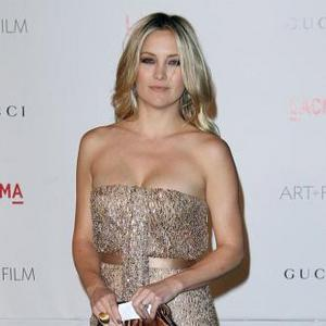 Kate Hudson Feels Good In Ann Taylor