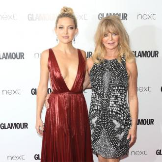 Kate Hudson thanks mother Goldie Hawn for making her a strong woman