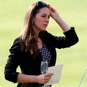 Kate Middleton Set For British Wedding Dress