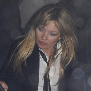 Kate Moss Can't See Kills At Coachella