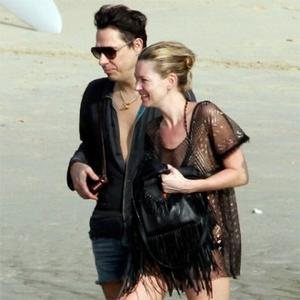 Kate Moss Gets Engaged To Jamie Hince