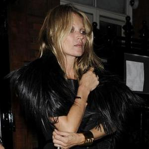Kate Moss Gives Out Makeovers At Claridge's