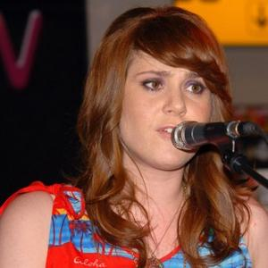Phone-y Pop Star Kate Nash