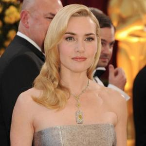 Kate Winslet Gets Basketball Bruise