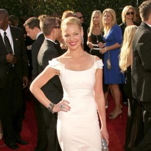 Katherine Heigl Annoys Neighbours With Christmas Lights