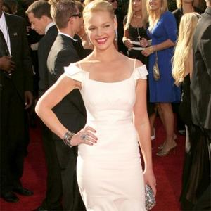 Katherine Heigl On Mission To Save Dogs