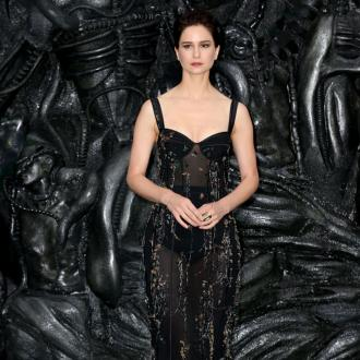 Katherine Waterston Inspired By Sigourney Weaver On Alien: Covenant
