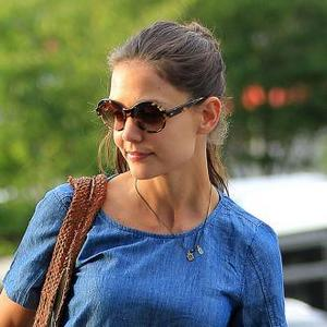 Katie Holmes Refuses To Mention Tom