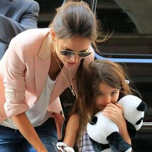 Katie Holmes Wants Custody Of Suri?