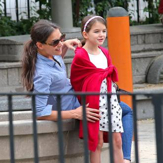 Katie Holmes Tries To Say No To Suri