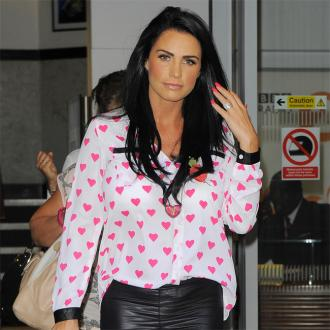 Katie Price Received Messages From Oscar Pistorius