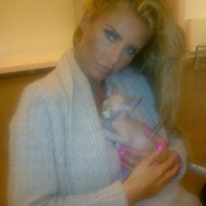 Katie Price Gets A Bald Cat