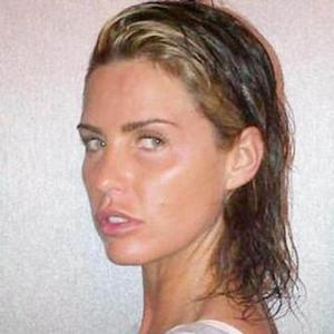 Katie Price Ditches Hair Extensions