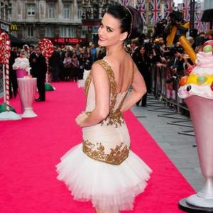 Katy Perry Wants To Be Wooed