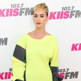 Katy Perry Has Shower Sing-offs