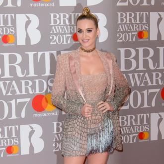 Katy Perry wears 'fifty five carat' diamond choker at 2017 BRIT Awards