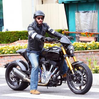Keanu Reeves 'prudent' on his bike