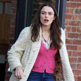 Keira Knightley can't fit into her jeans