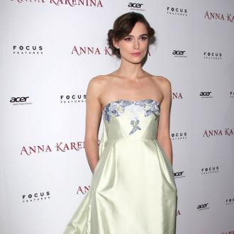 Keira Knightley Gets Love Tree