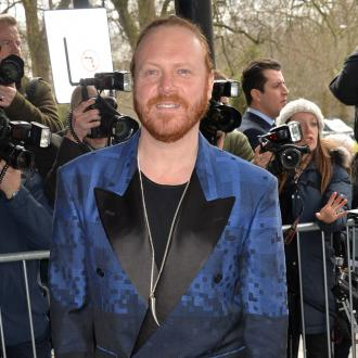 Keith Lemon wants to marry Emma Bunton