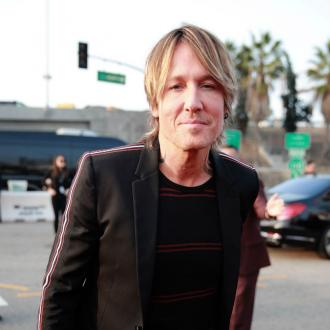 Keith Urban hails Pink's 'astounding gift'