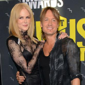 Nicole Kidman dances to Keith Urban songs