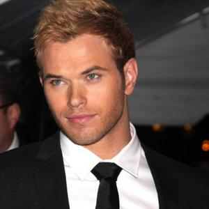 Kellan Lutz Doesn't Have To Hit On Girls