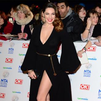 Kelly Brook Likes 'Curvy' Label