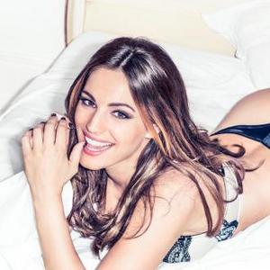 Kelly Brook Not Worried About Image