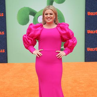 Kelly Clarkson: My life has 'been a little bit of a dumpster' over the last few months