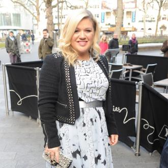 Kelly Clarkson Doesn't Mind If Her Daughter Is Gay
