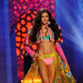 Victoria's Secret Model Kelly Gale Works Out 'Two Hours Everyday'