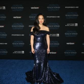 Star Wars Actress Kelly Marie Tran Overwhelmed By Fan Support