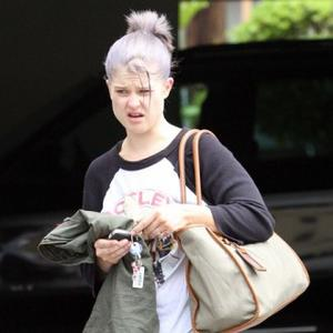 Kelly Osbourne Comforted By Kate