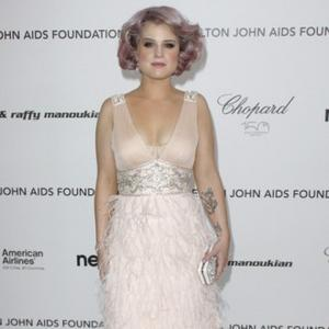 Kelly Osbourne Shops To Forget Split