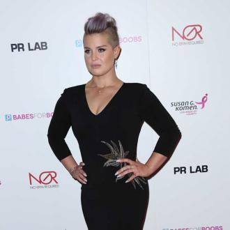 Kelly Osbourne Was Taught 'Never' To Introduce Her Nipples To Her Stomach