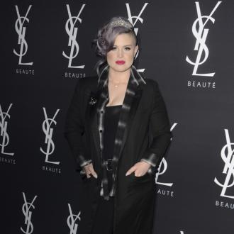 Kelly Osbourne's weekly therapy sessions